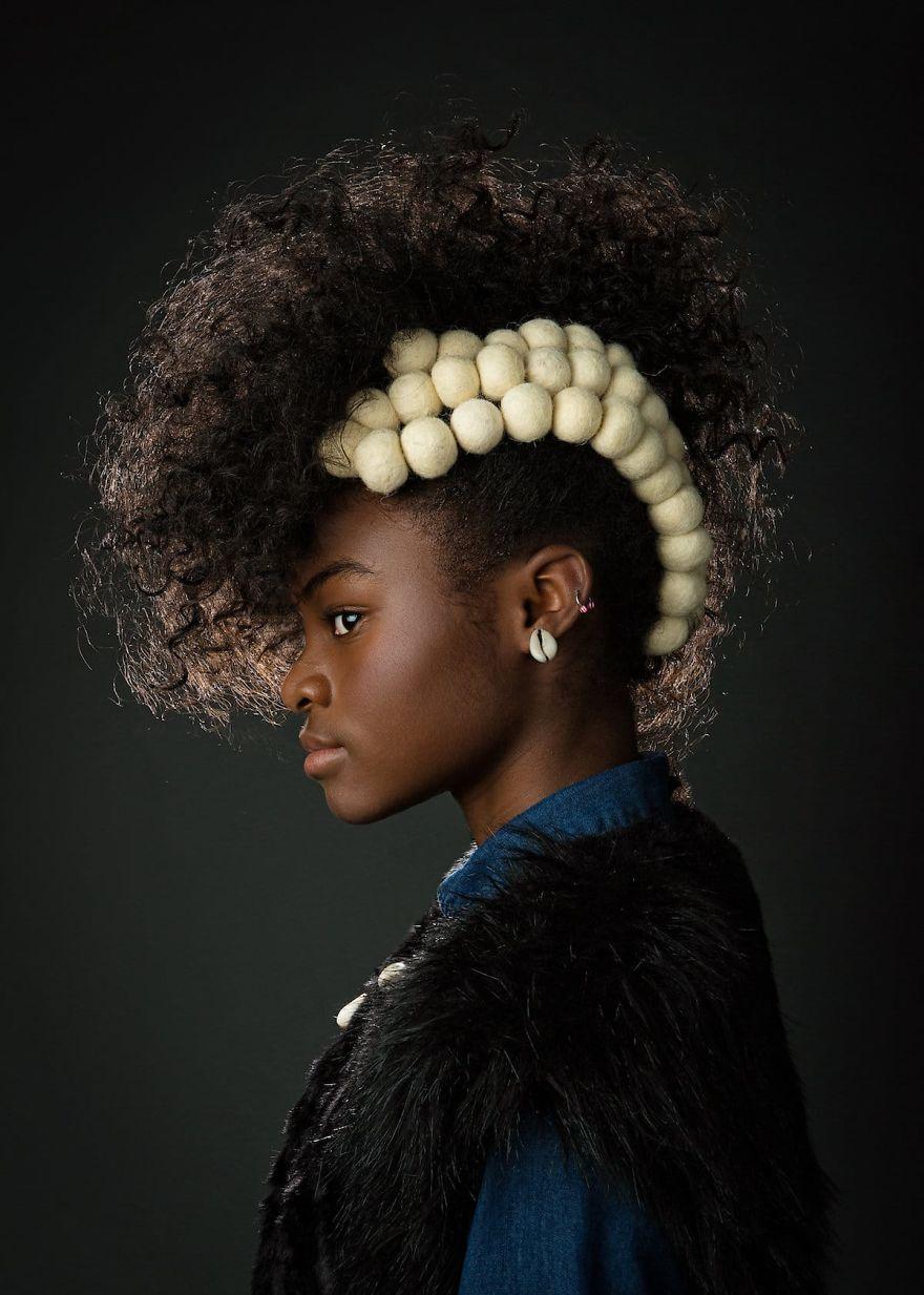 5b27b670c54ec-baroque-portraits-afro-art-creativesoul-photography-19-5a0bf49b2e28b__880.jpg
