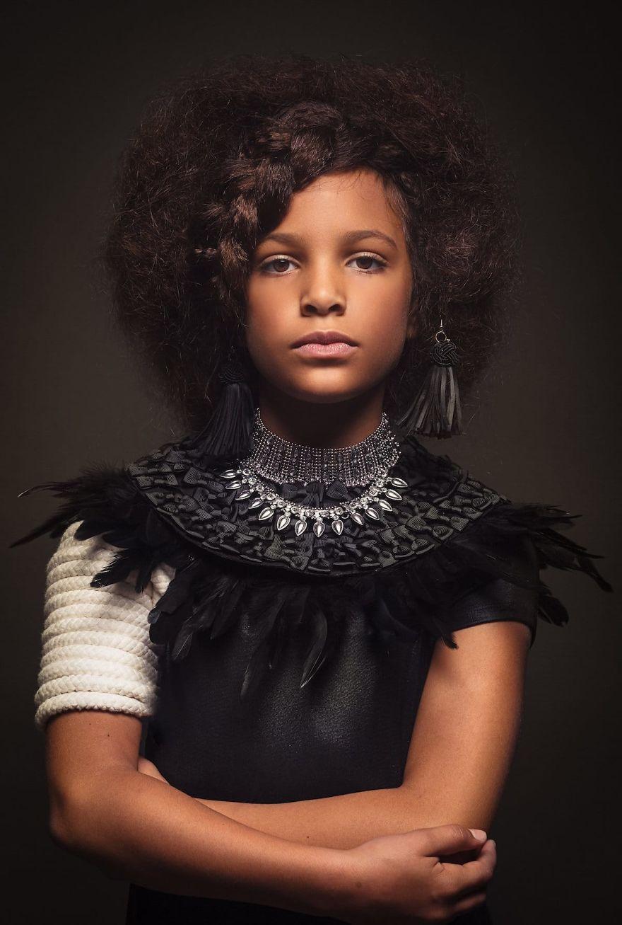 5b27b673875dc-baroque-portraits-afro-art-creativesoul-photography-16-5a0bf54341f5d__880.jpg