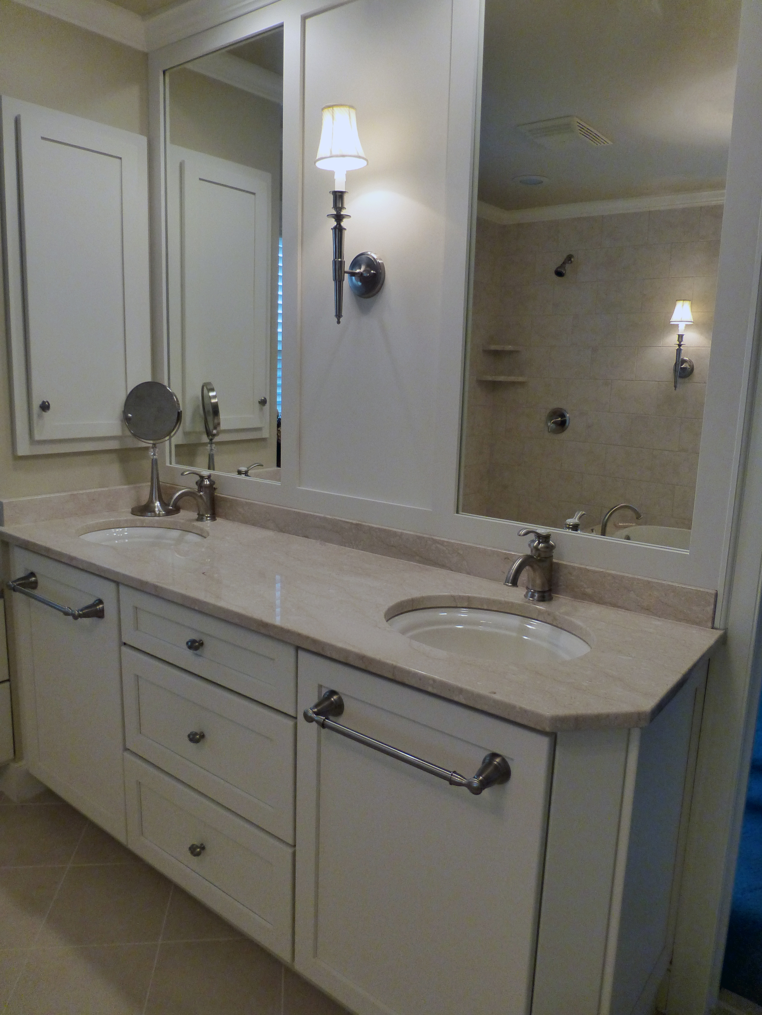 Lehigh Valley, PA Bathroom