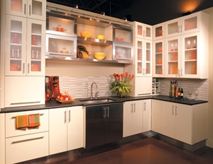 Keep-your-small-kitchen-design-organized-and-functional-with-these-customized-accessories_245_445904_0_14055922_300.jpeg