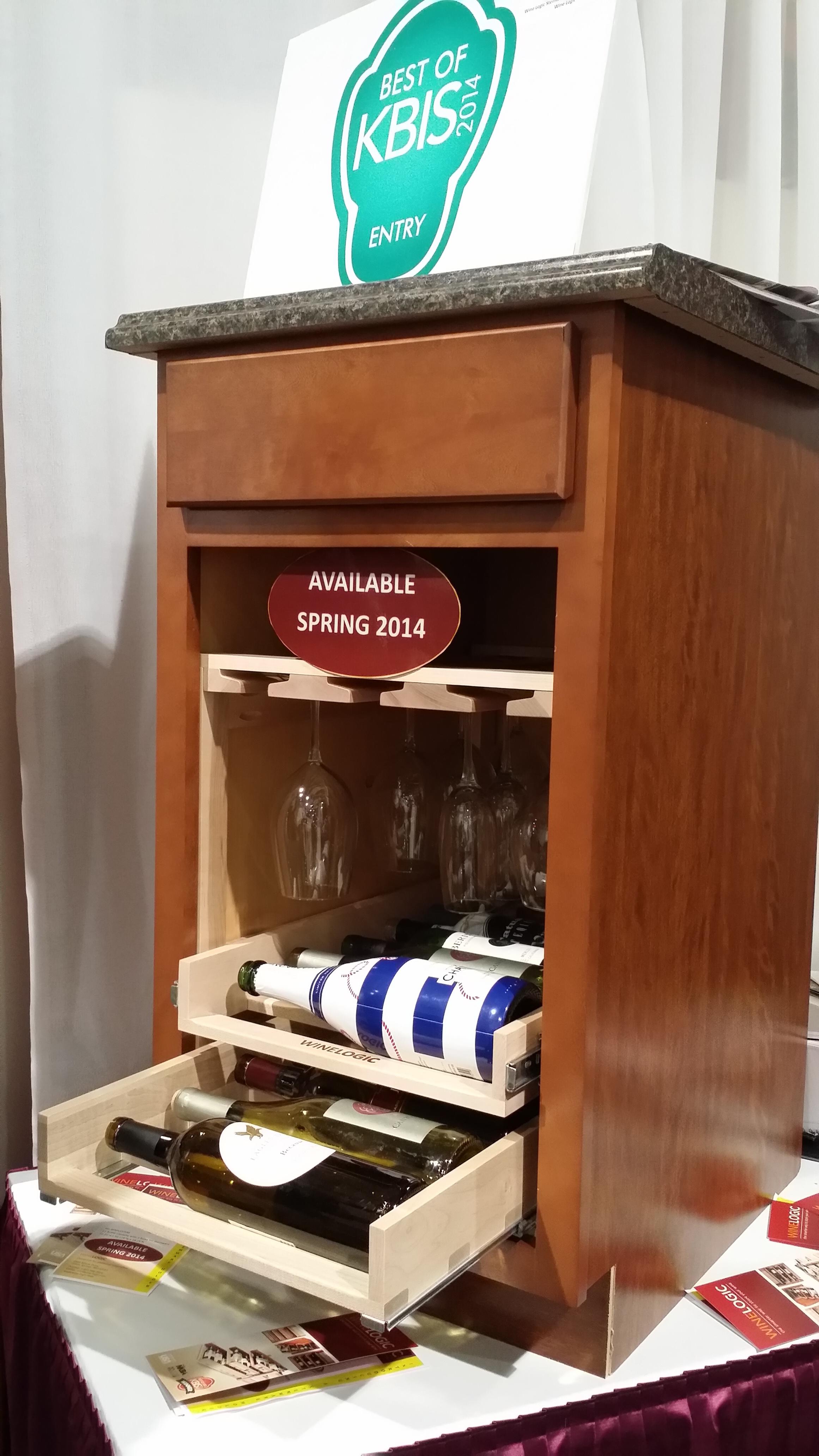 Wine and glass storage!