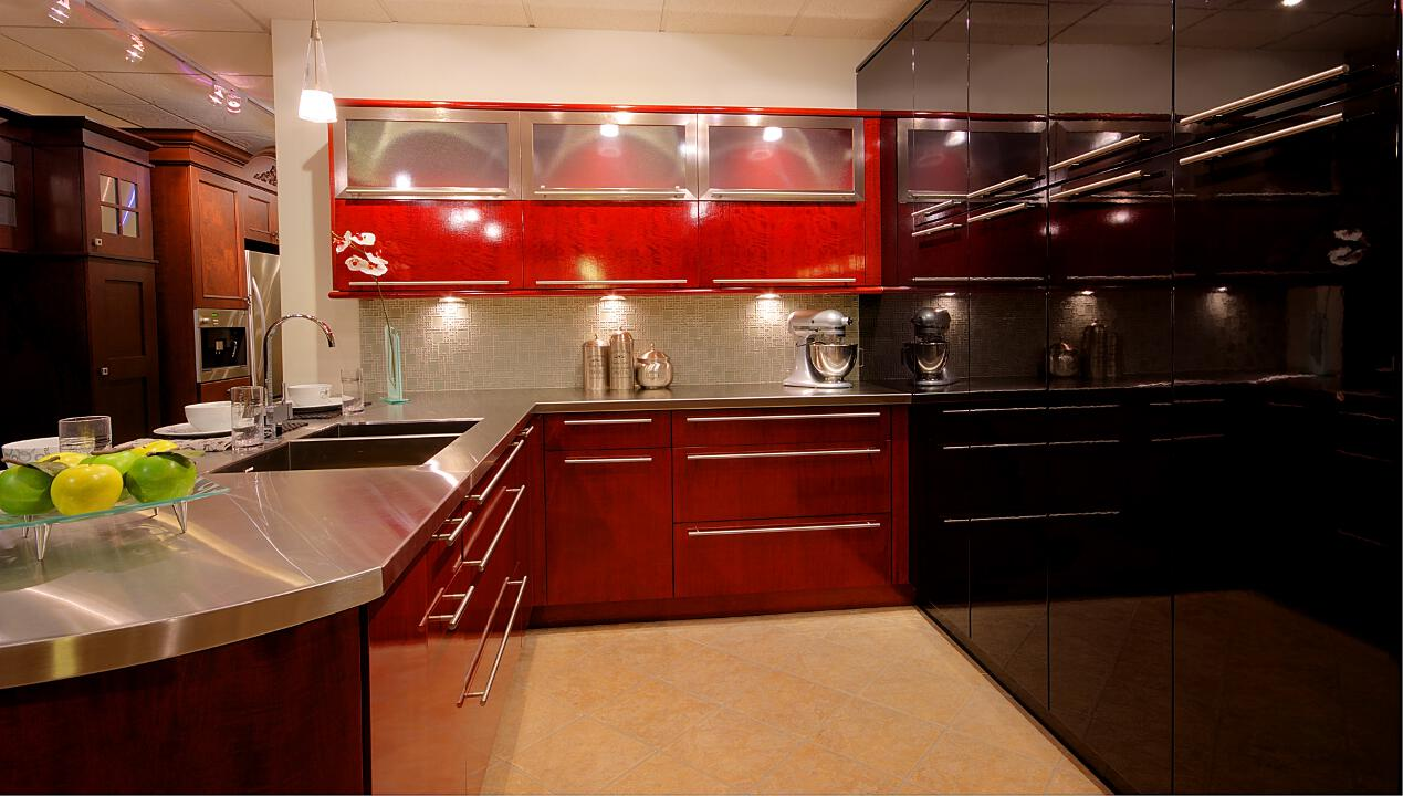 Cabinet Line: Full Access All Wood, New Haven Figured Anigre Merlot Luster, Ventura MDF Black Hydra Gloss, ARD3S Masterpoint Insert