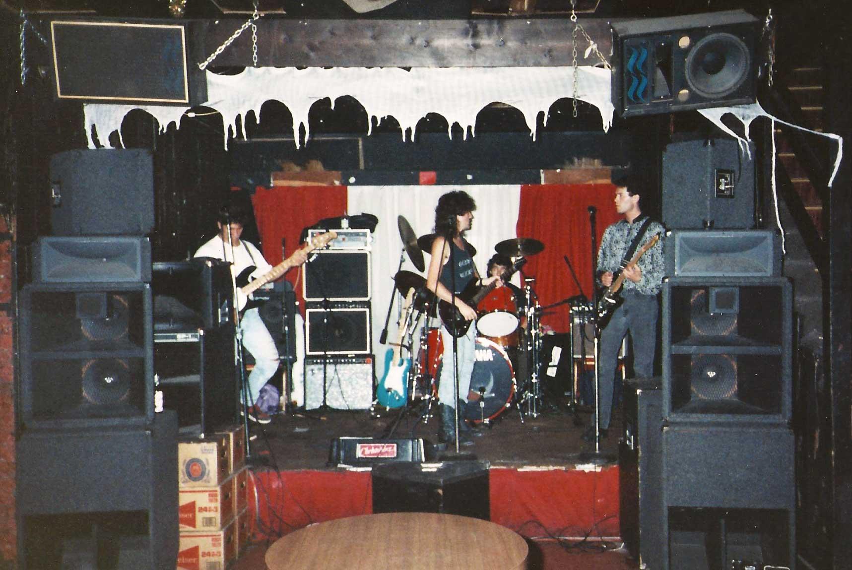 LA_Tour_Whole_Band.jpg