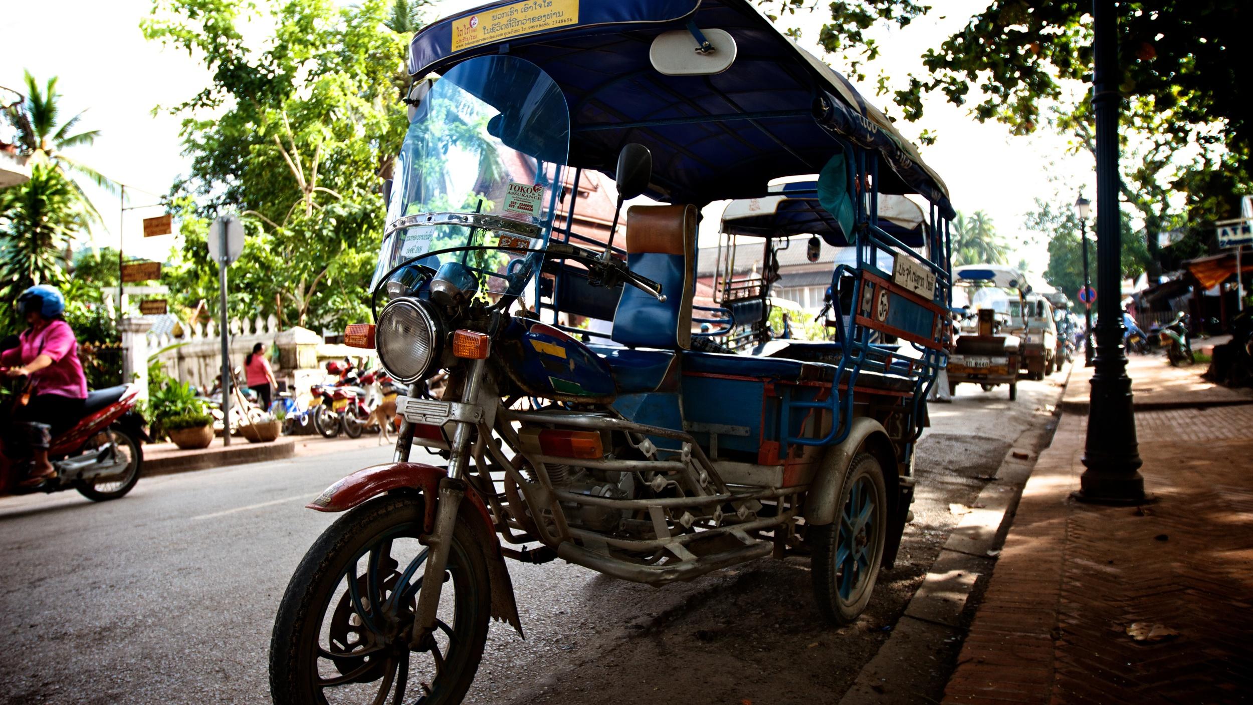 Laotian Tuk Tuk.jpg