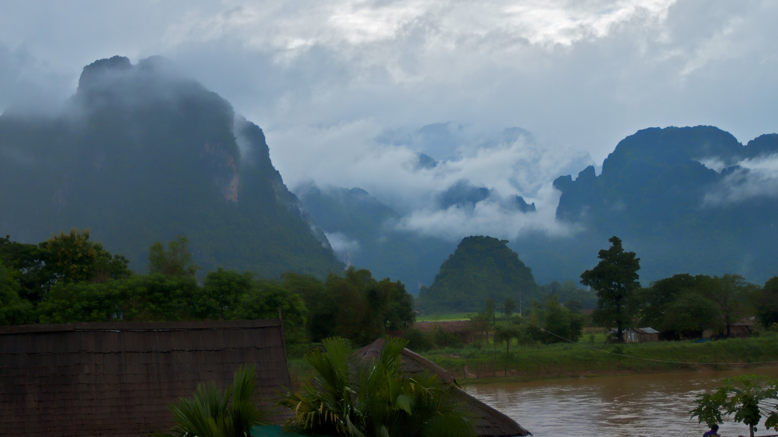 Vang Vieng Laos.jpg