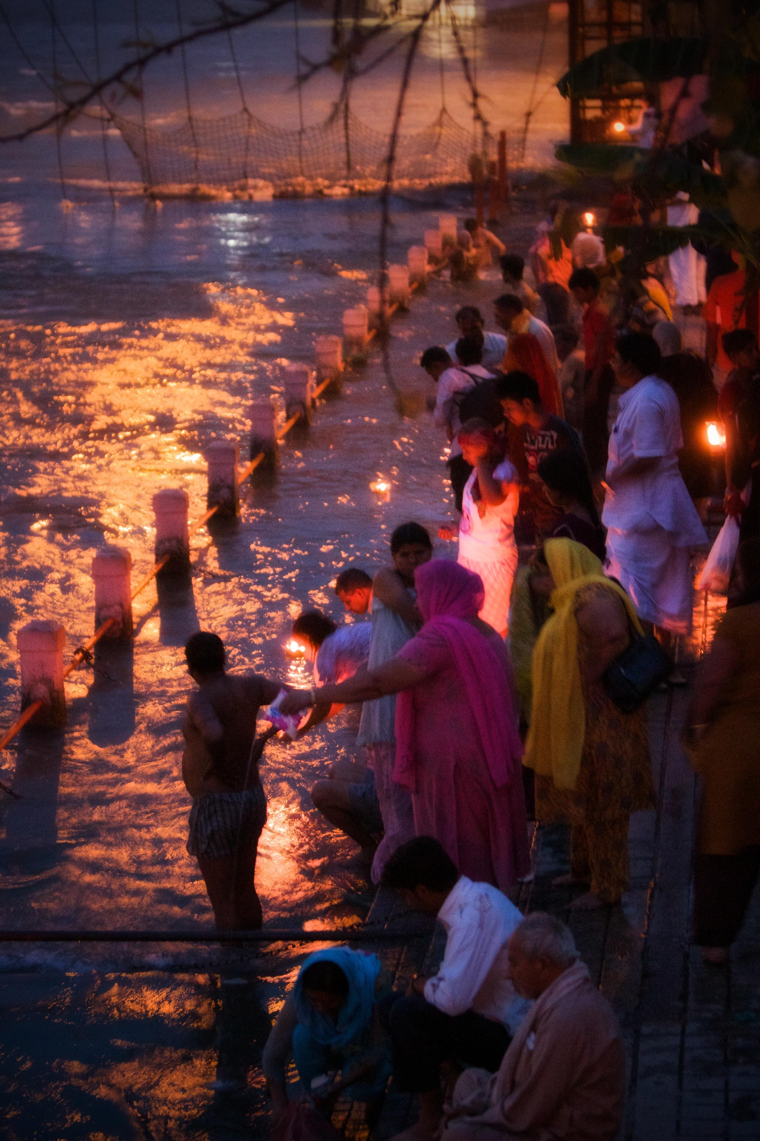 Hindu devotees on the ganges.jpg
