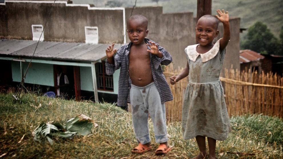 Kids along the road to Kibale
