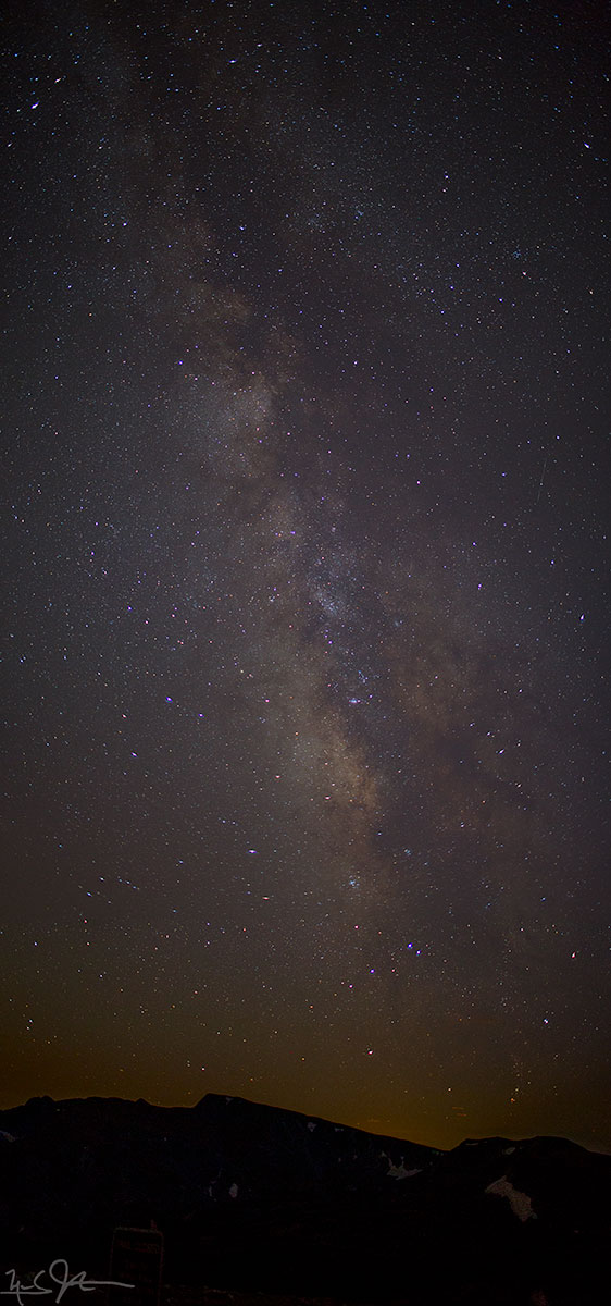 Not too much light pollution, so the Milky Way is clearly visible after dark.