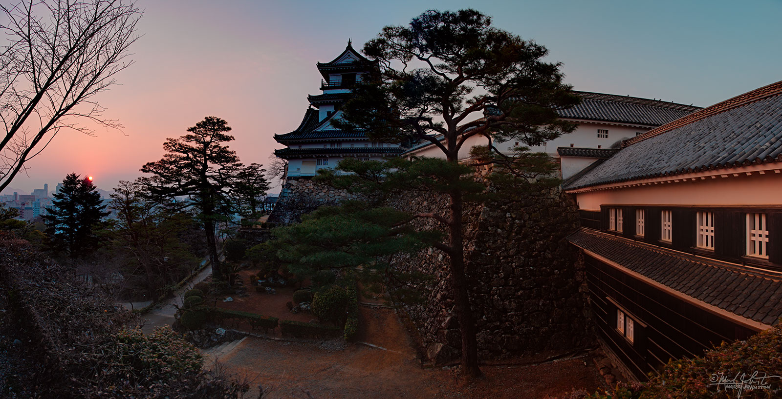 Kochi Castle at sunrise, Kochi City [高知市], Shikoku [四国], Japan.