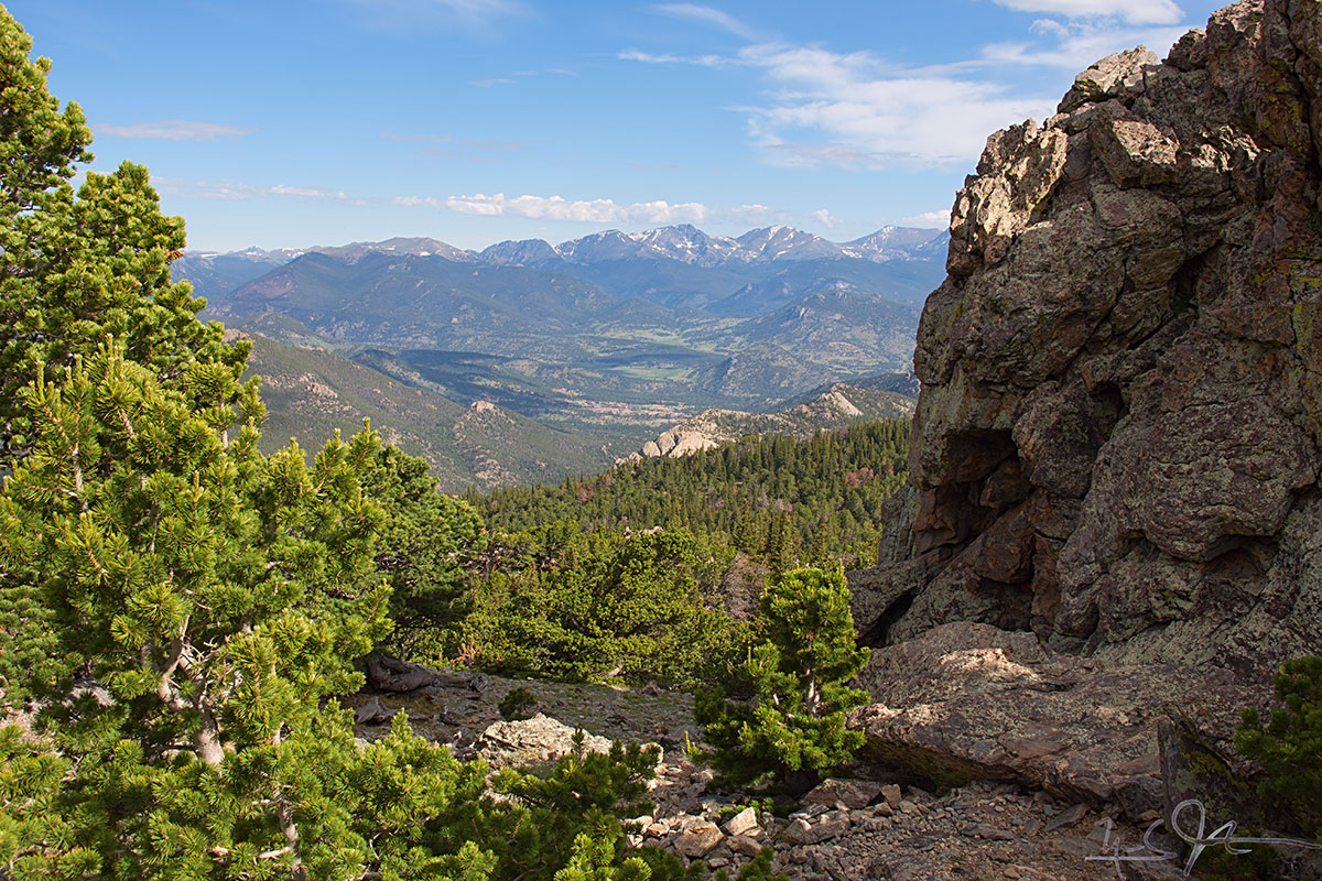 Never Summer Mountains from the flanks of Twin Sisters.