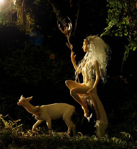flidais-white-deer.jpg