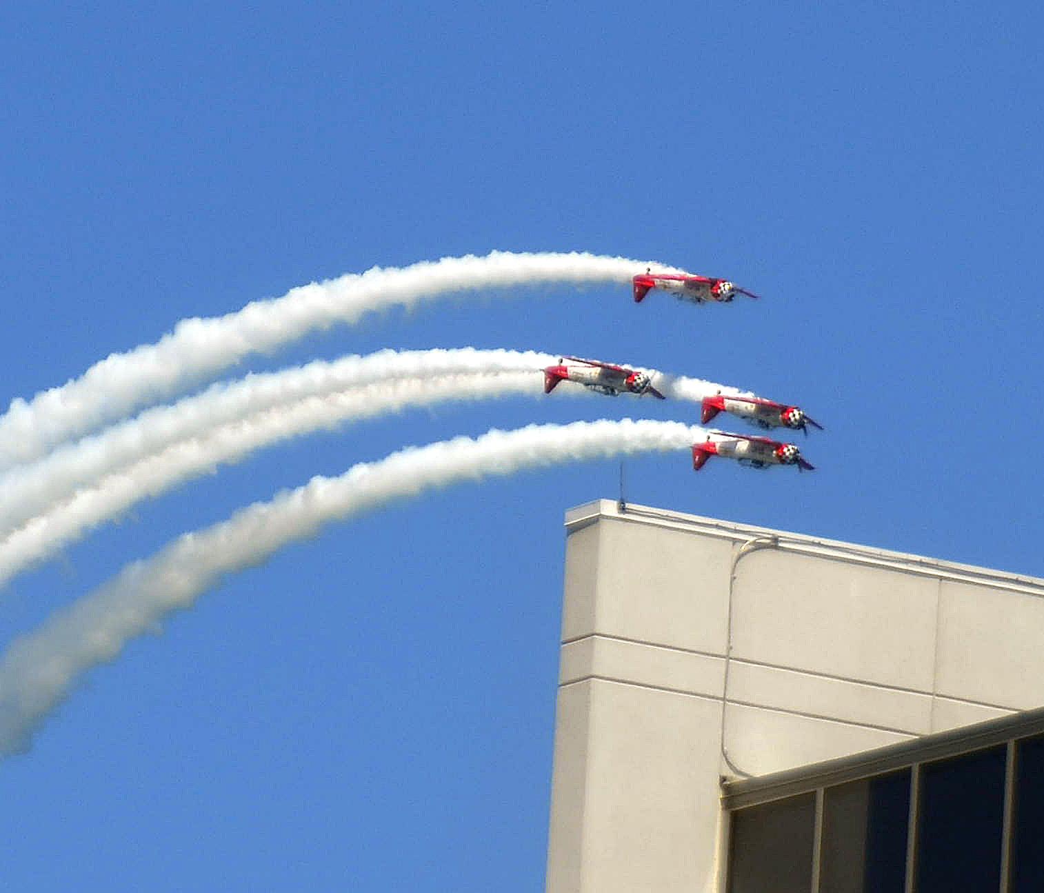 4 planes.jpg