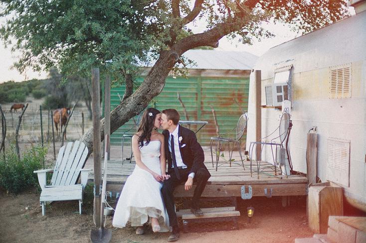 wedding photo airstream