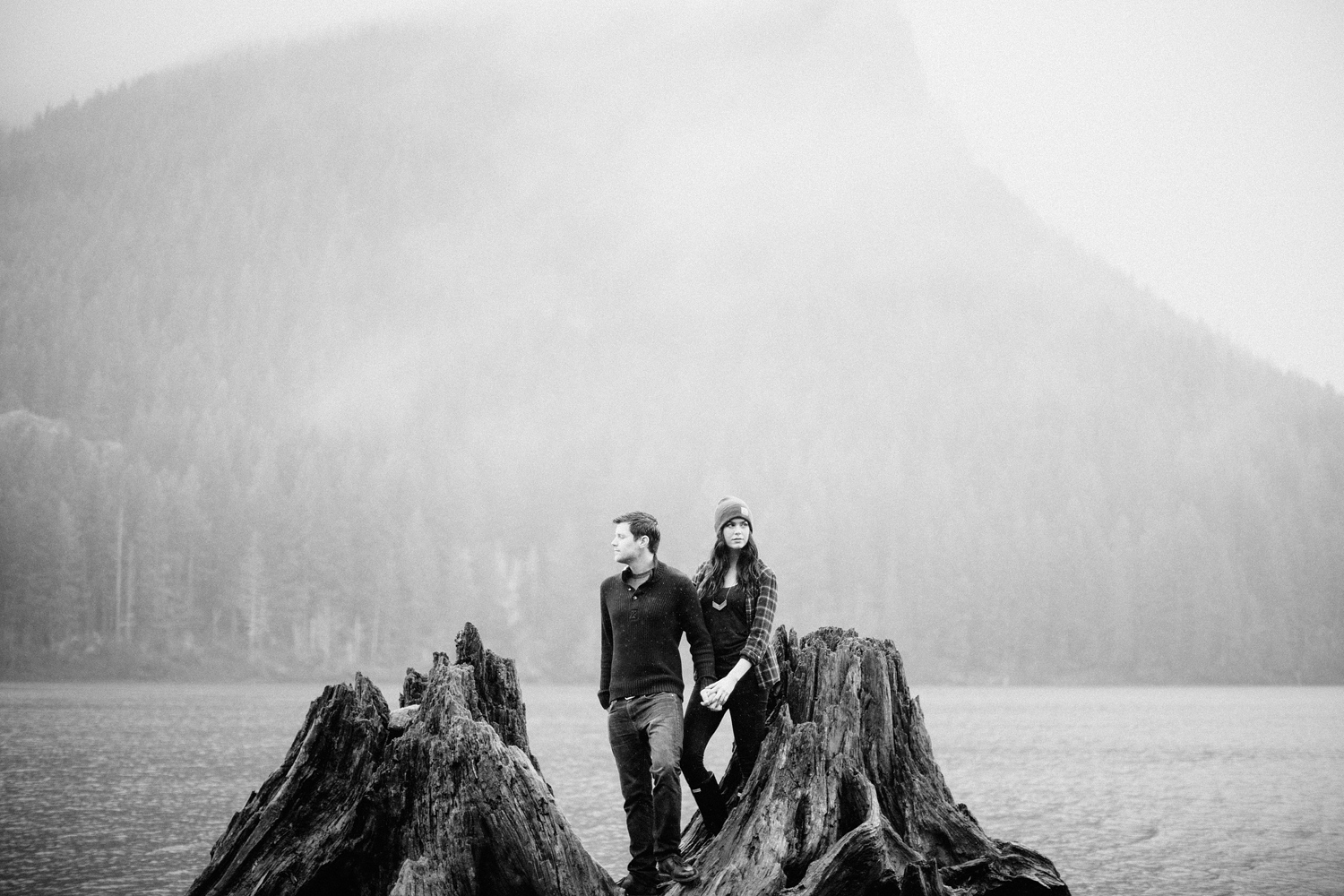 ryan-flynn-photography-rattlesnake-lake-engagement-film-blog-0005.JPG