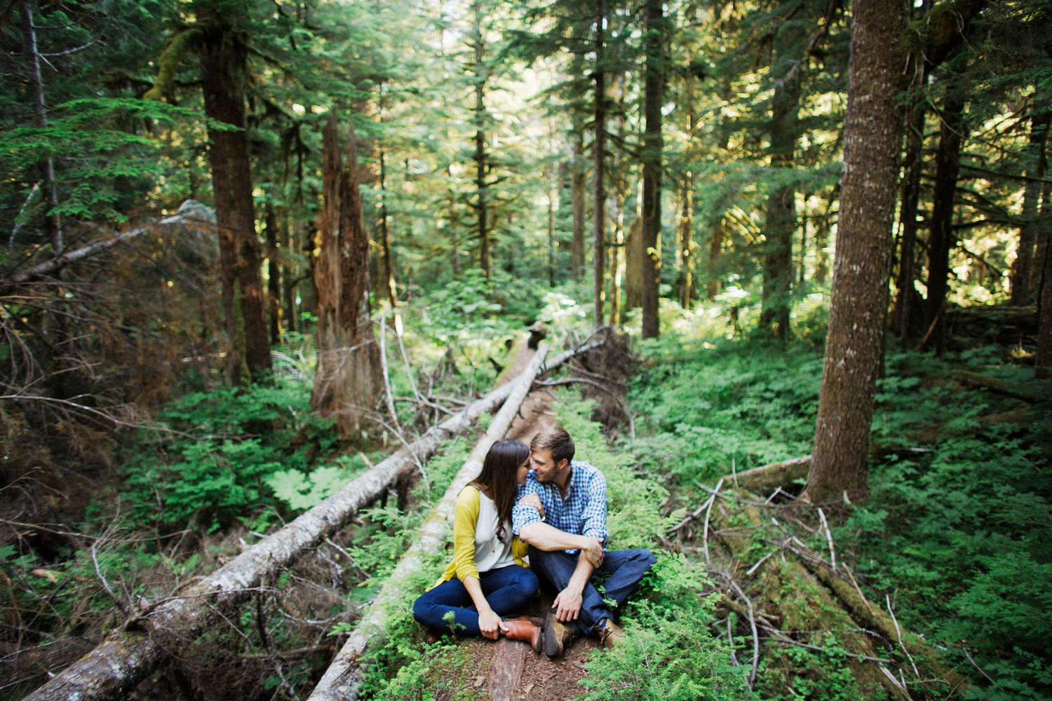 ryan-flynn-seattle-pnw-mountain-engagement-film-0009.JPG