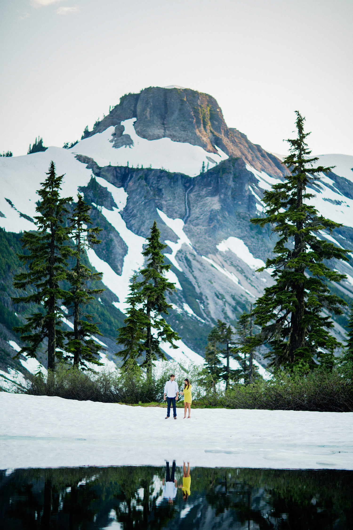 ryan-flynn-seattle-pnw-mountain-engagement-film-0031.JPG