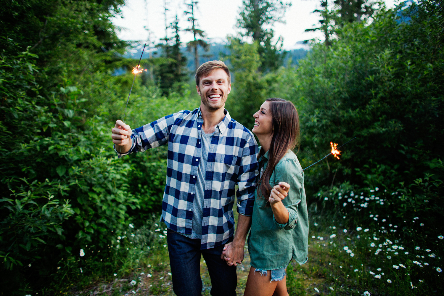ryan-flynn-seattle-pnw-mountain-engagement-film-0042.JPG
