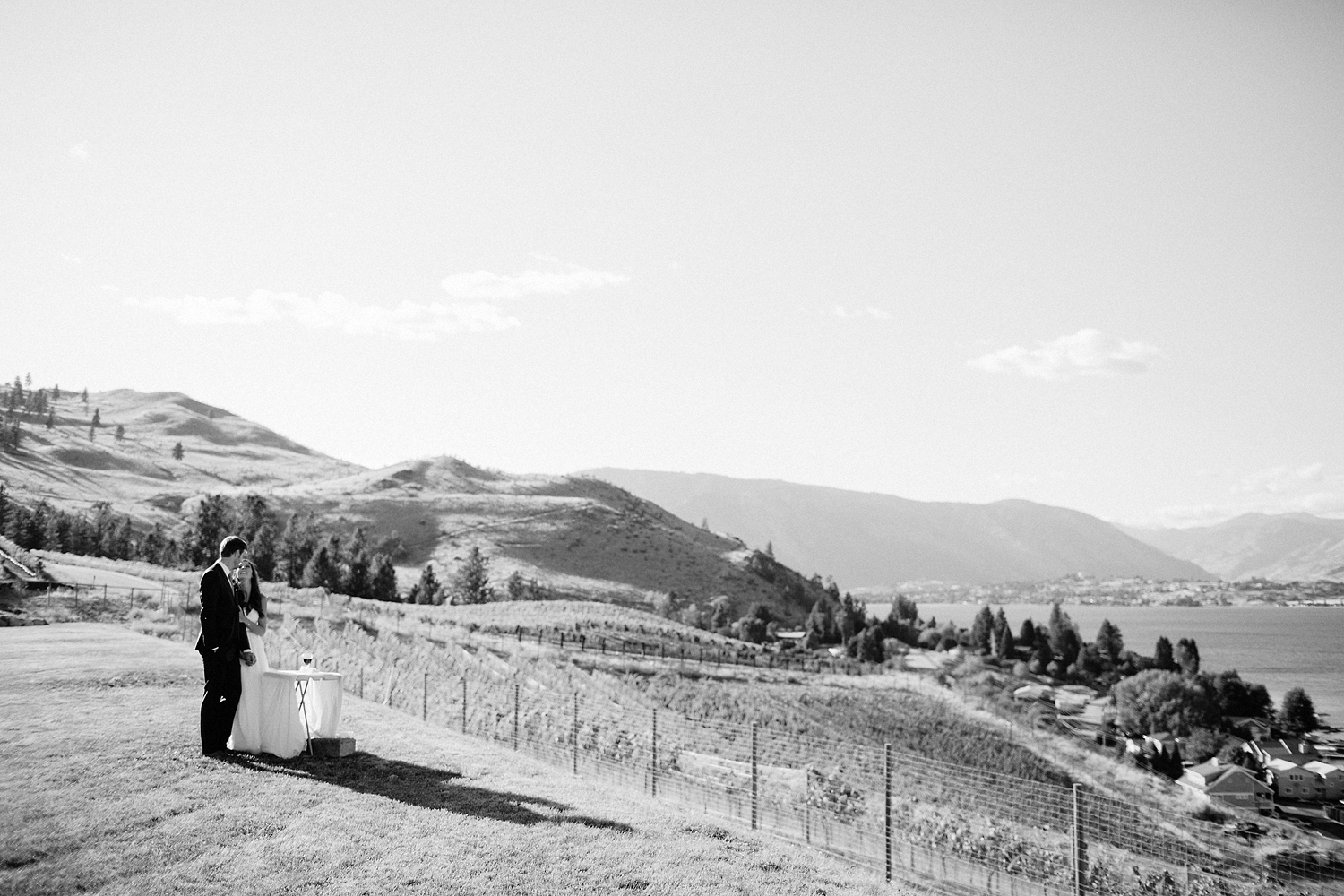 ryan-flynn-seattle-film-photographer-lake-chelan-wedding-0047.JPG