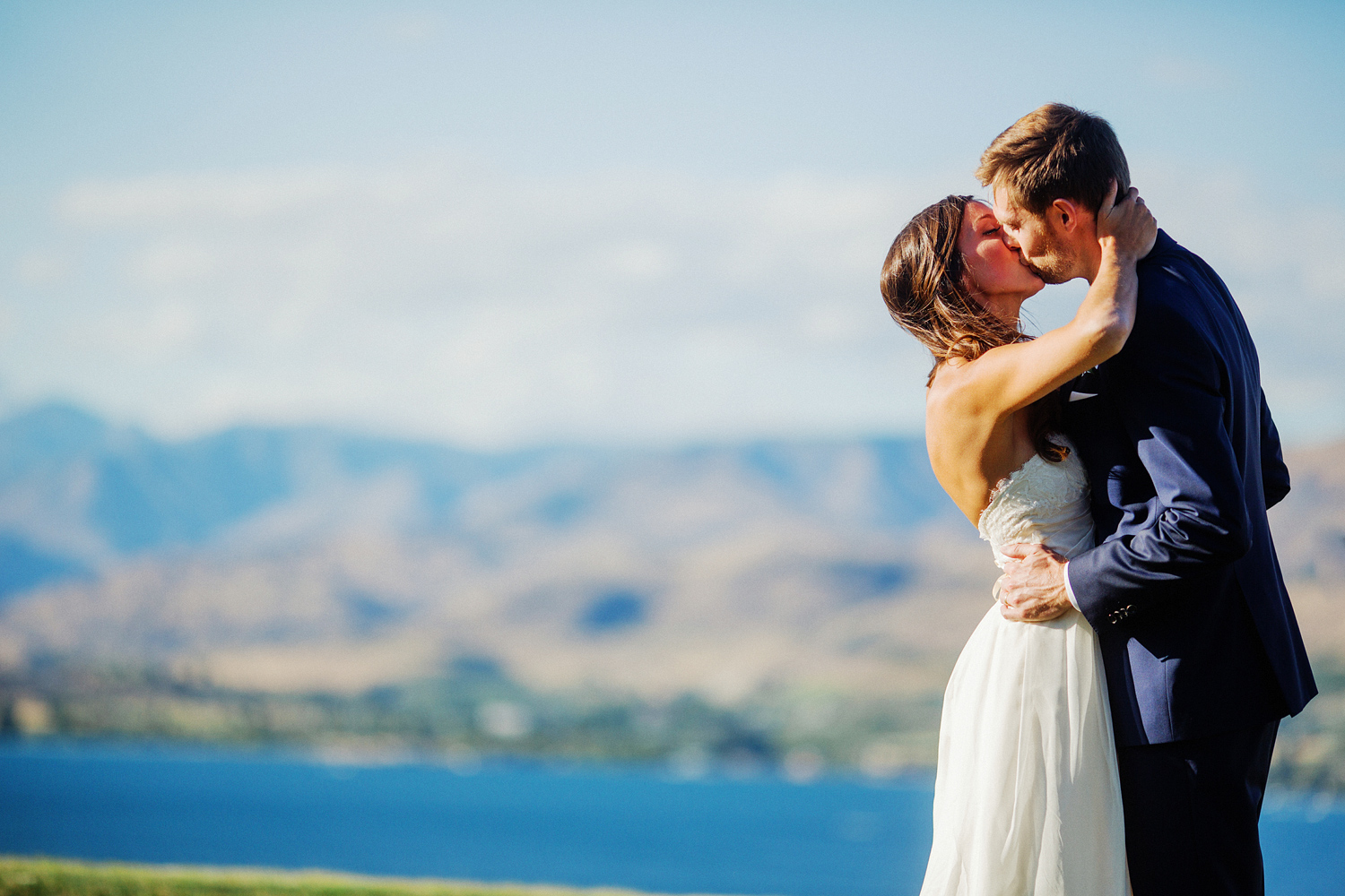 ryan-flynn-seattle-film-photographer-lake-chelan-wedding-0049.JPG