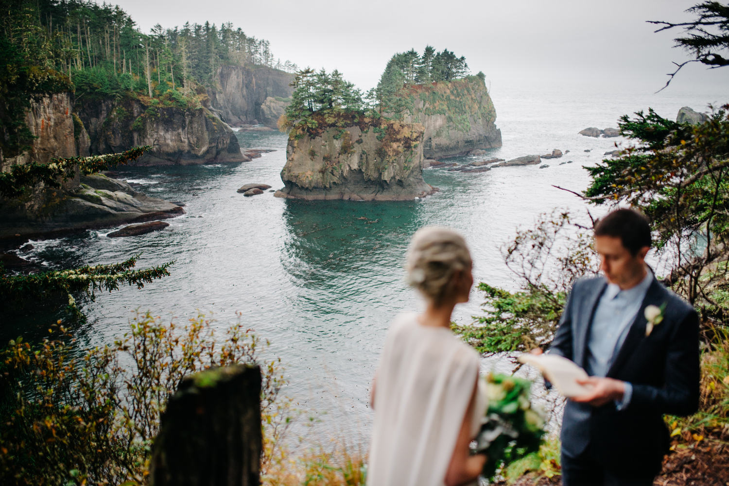 012-pnw-coastal-elopement-at-cape-flattery-by-seattle-wedding-photographer-ryan-flynn.jpg