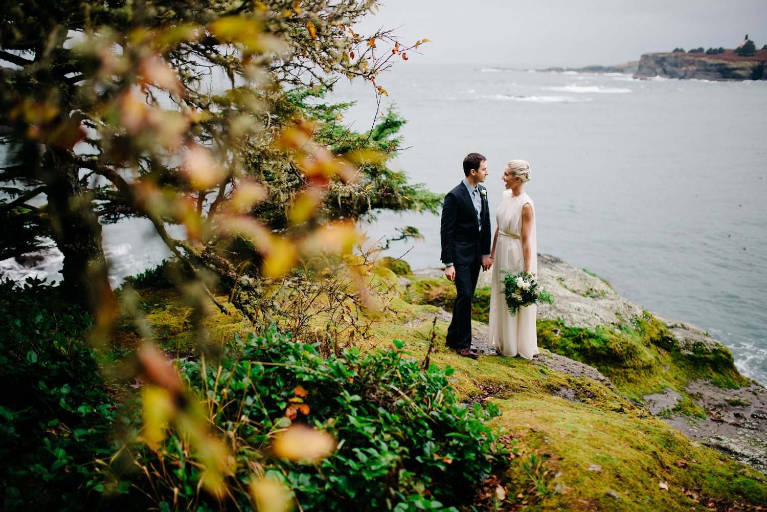 024-pnw-coastal-elopement-at-cape-flattery-by-seattle-wedding-photographer-ryan-flynn.jpg