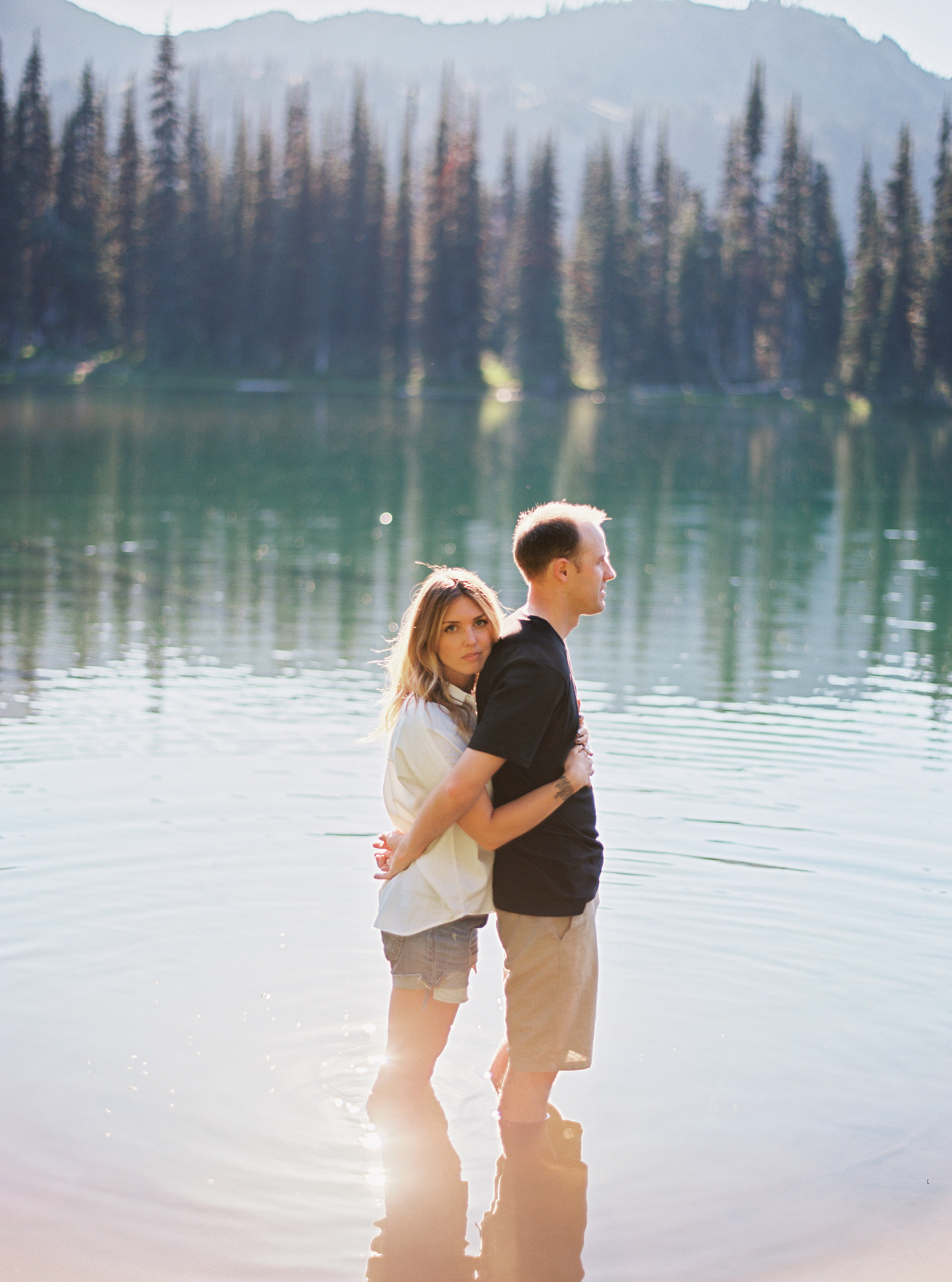 005-mt-rainier-adventure-engagement-session-seattle-film-photographer-ryan-flynn.jpg
