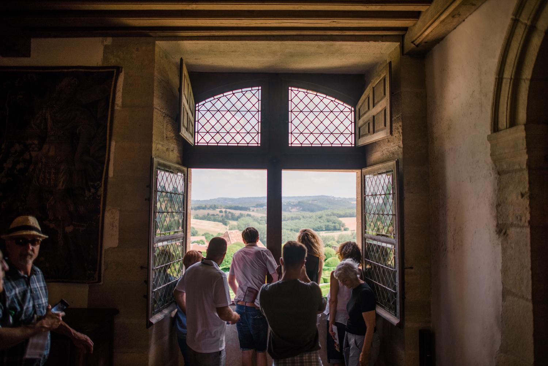 009-french-chateau-destination-wedding-south-france-film-photographer-ryan-flynn.jpg