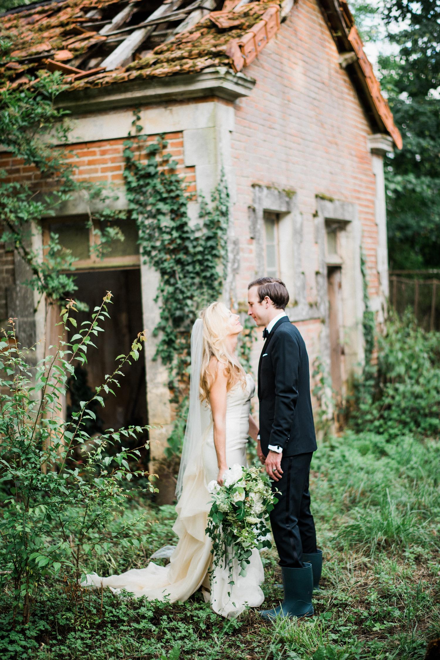 080-french-chateau-destination-wedding-south-france-film-photographer-ryan-flynn.jpg