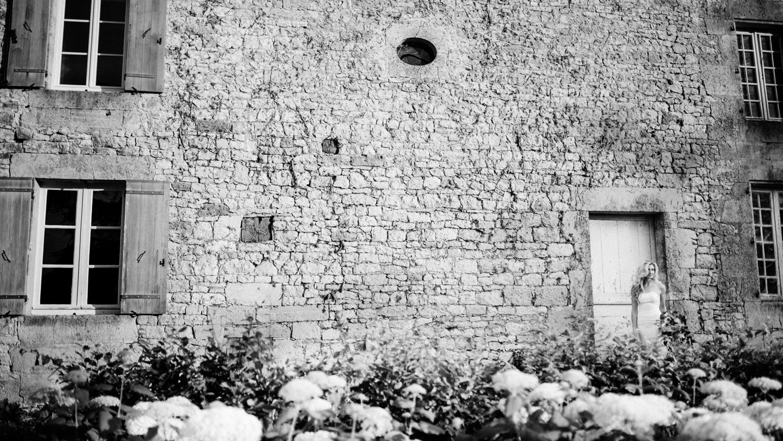 096-french-chateau-destination-wedding-south-france-film-photographer-ryan-flynn.jpg