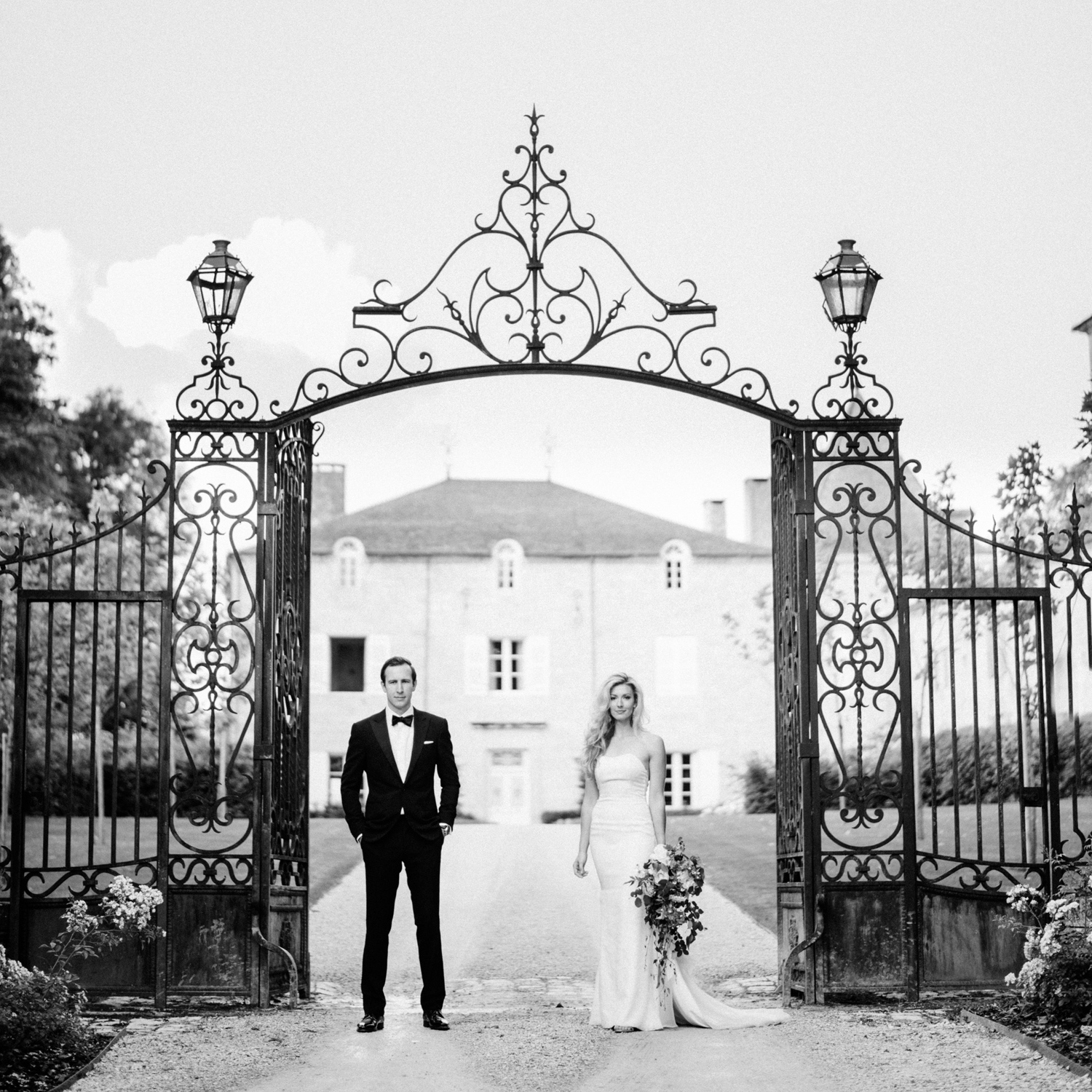 106-french-chateau-destination-wedding-south-france-film-photographer-ryan-flynn.jpg