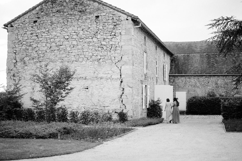 108-french-chateau-destination-wedding-south-france-film-photographer-ryan-flynn.jpg