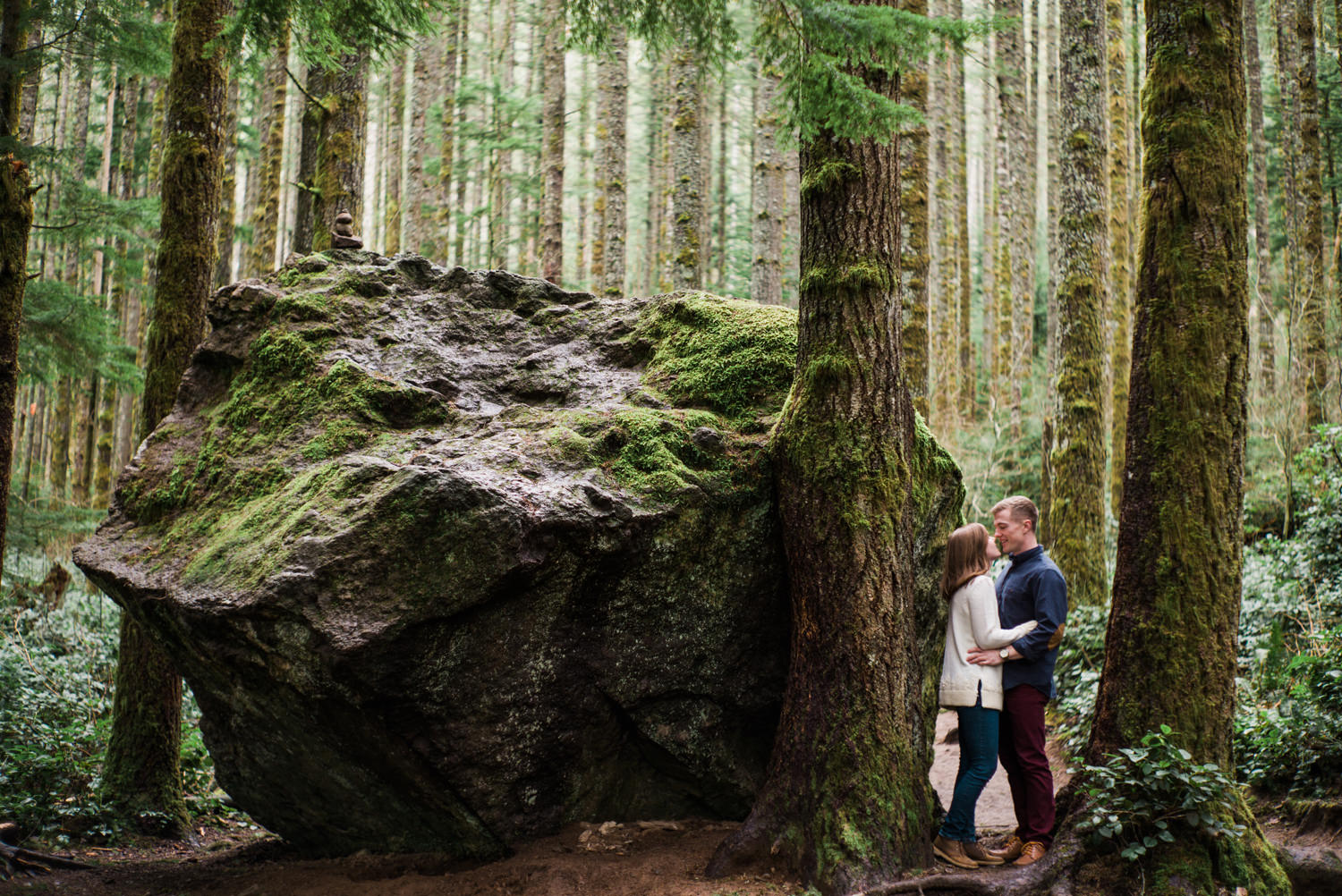 024-snoqualmie-mountain-engagement-session-seattle-film-wedding-photographer-ryan-flynn.jpg
