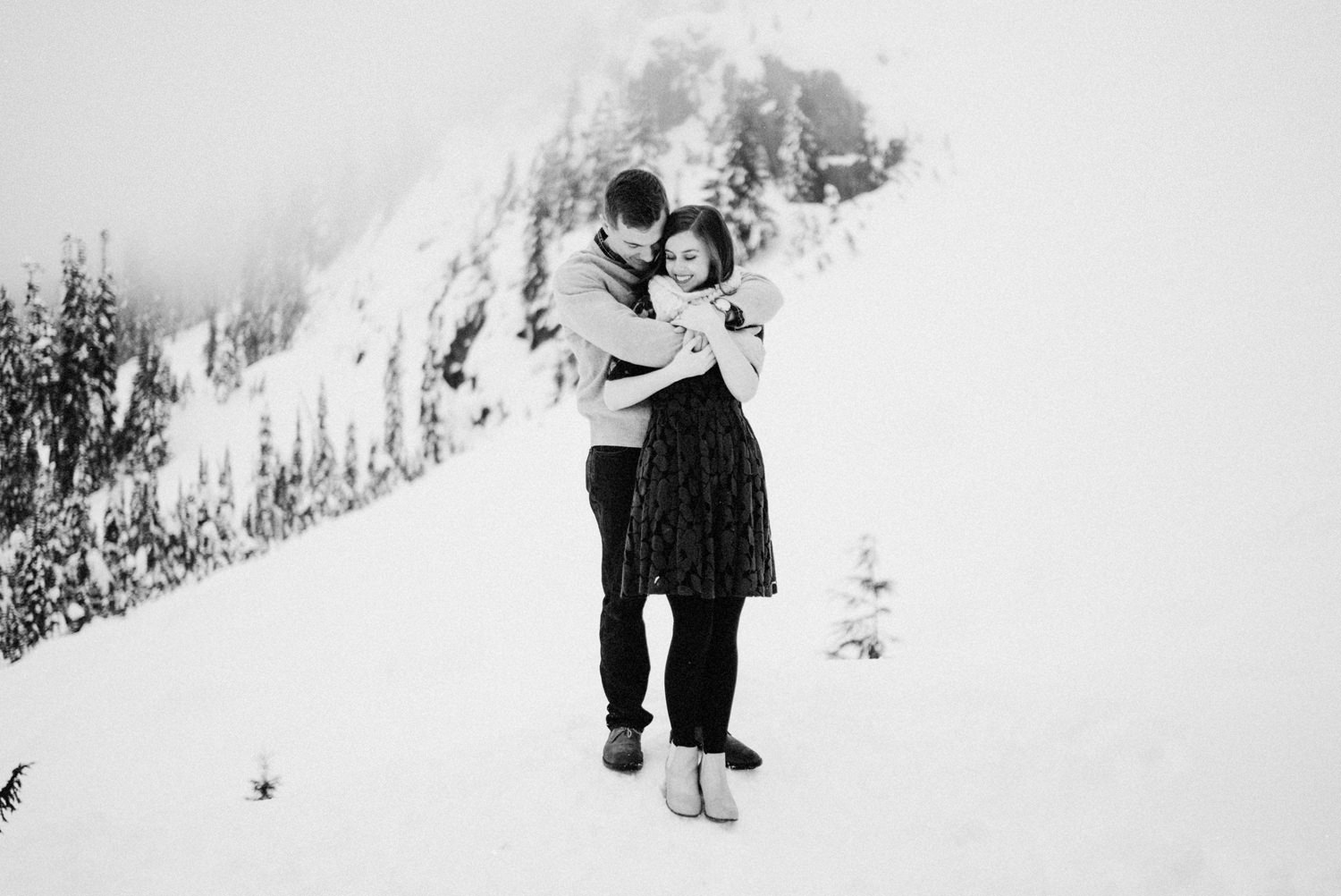 030-snoqualmie-mountain-engagement-session-seattle-film-wedding-photographer-ryan-flynn.jpg