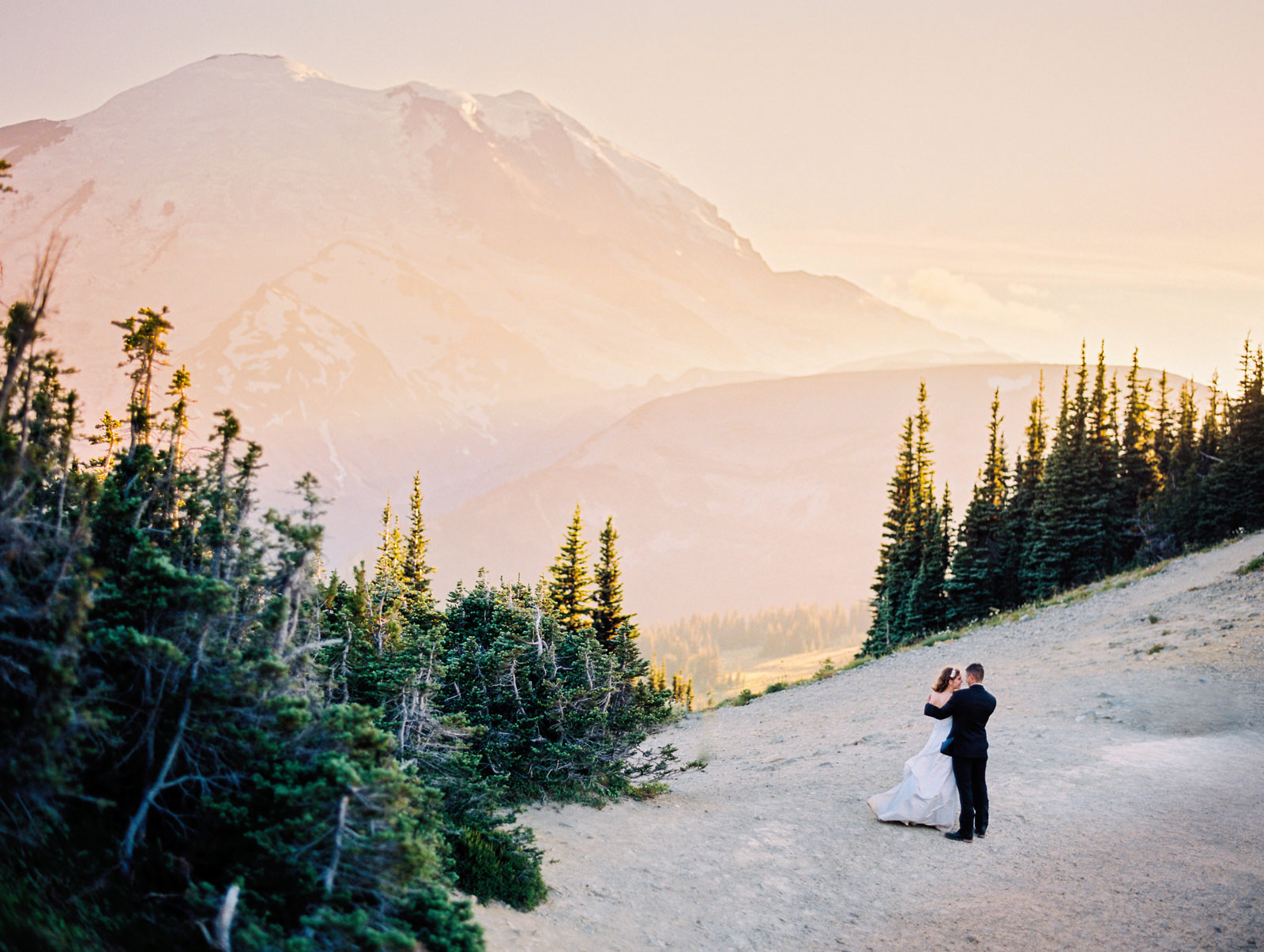 026-elopement-photo-at-mt-rainier-with-amazing-sunset-by-film-photographer-ryan-flynn-photography.jpg