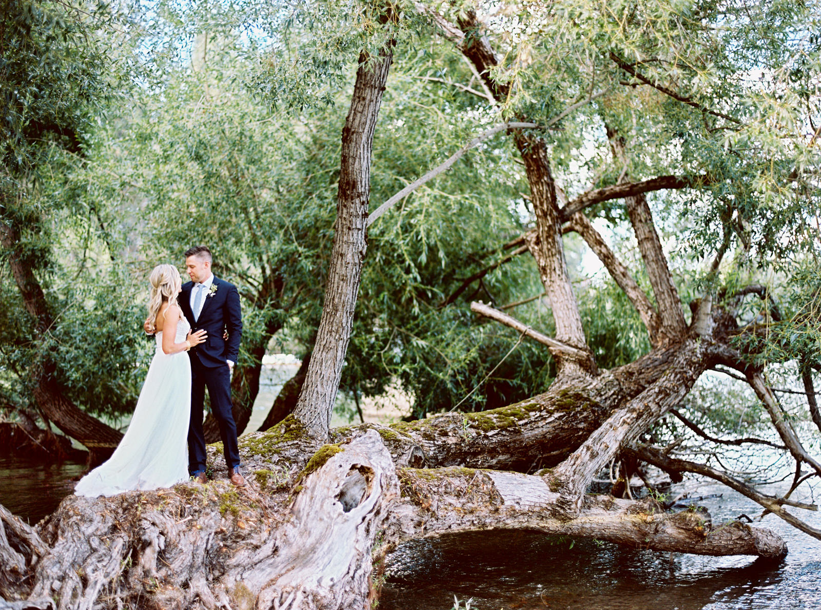 076-film-portrait-of-bride-and-groom-in-hayden-lake-idaho-by-ryan-flynn-photography.jpg