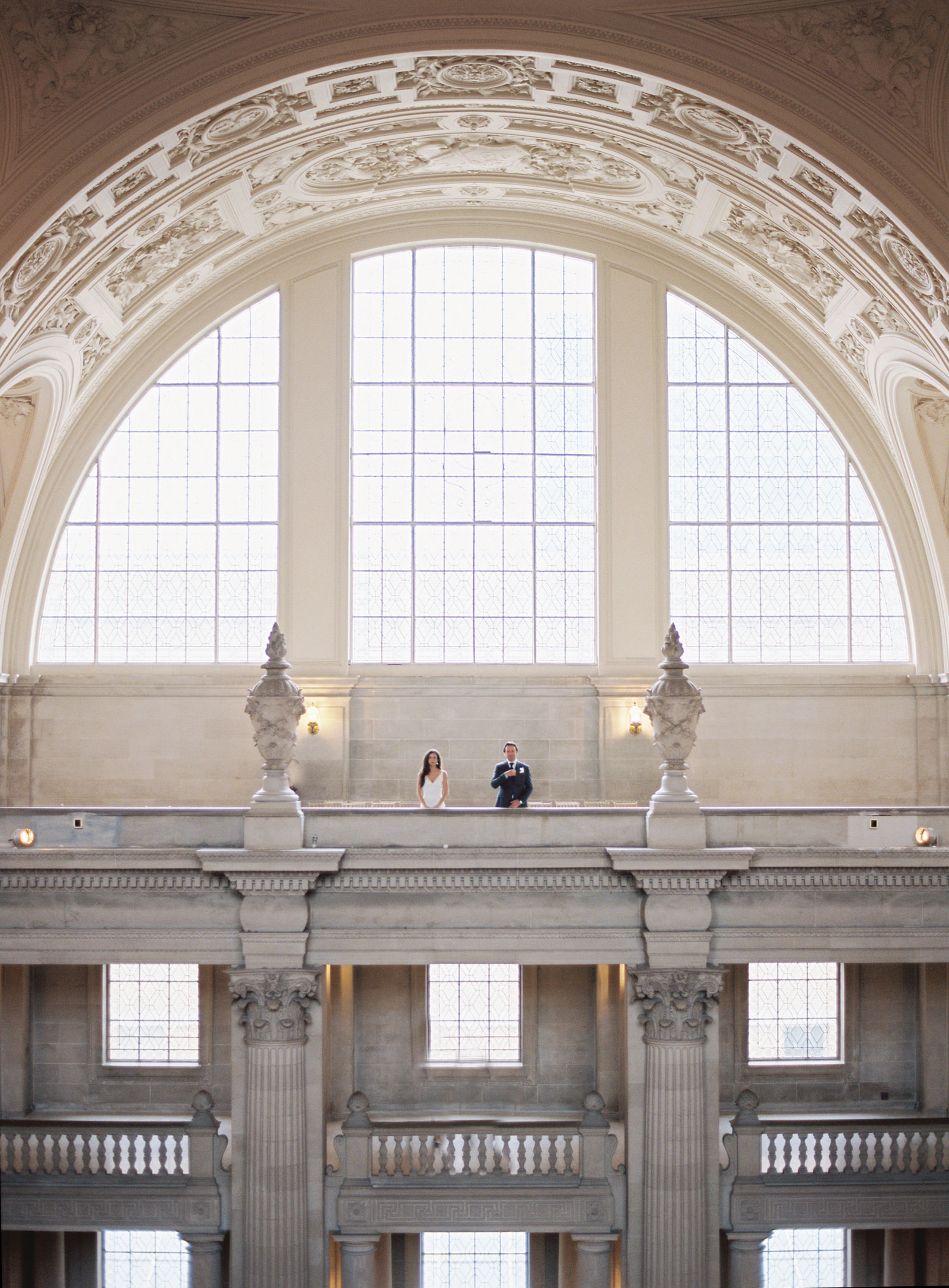 122-san-francisco-city-hall-elopement-by-best-san-francisco-wedding-photographer-ryan-flynn.jpg