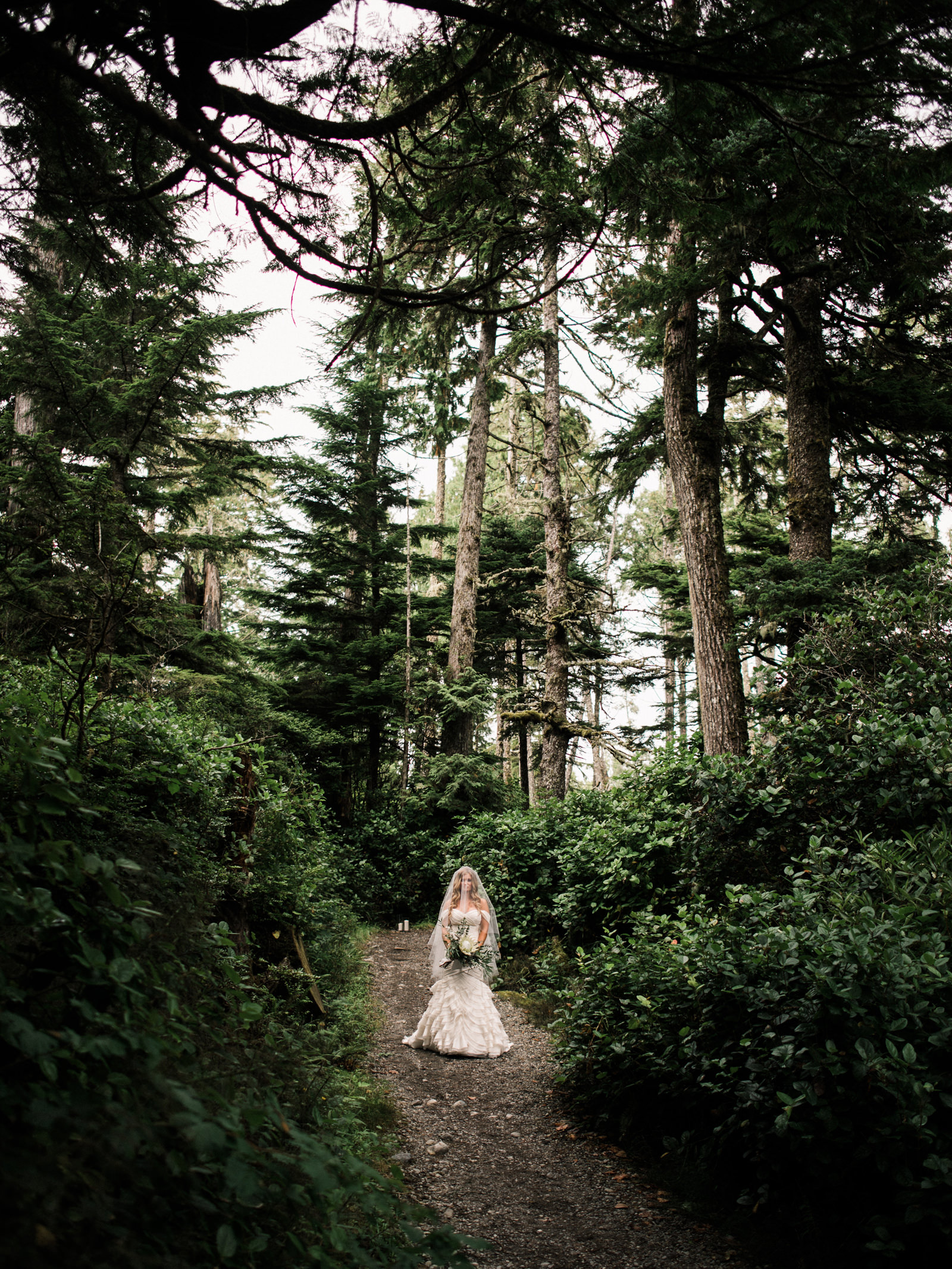 142-blackrock-resort-in-ucluelet-forest-bridal-portrait-by-ryan-flynn.jpg