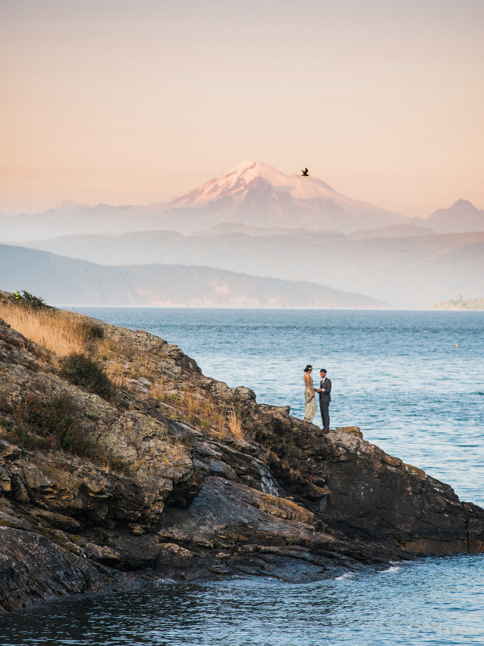 153-orcas-island-wedding-with-mt-baker-by-san-juan-islands-wedding-photographer.jpg