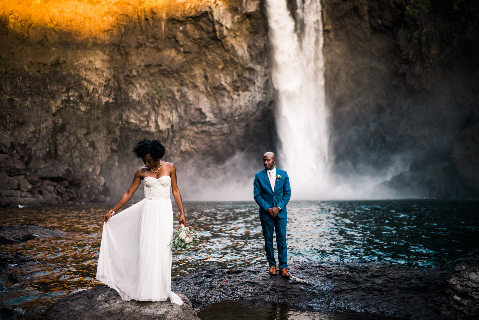 204-snoqualmie-falls-elopement-by-best-washington-elopement-photographer-ryan-flynn.jpg