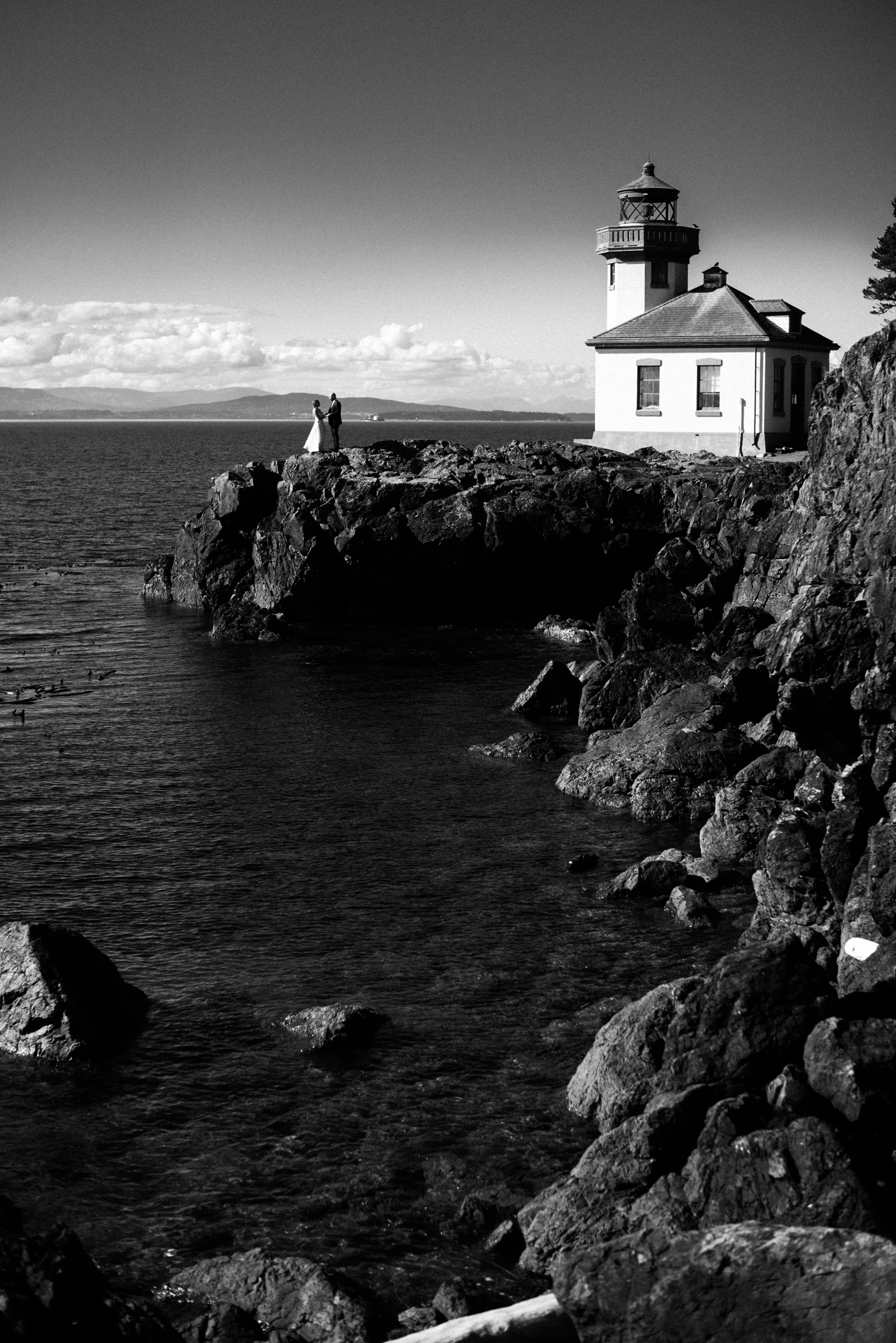 220-roche-harbor-resort-wedding-image-by-best-documentary-photographer-ryan-flynn.jpg