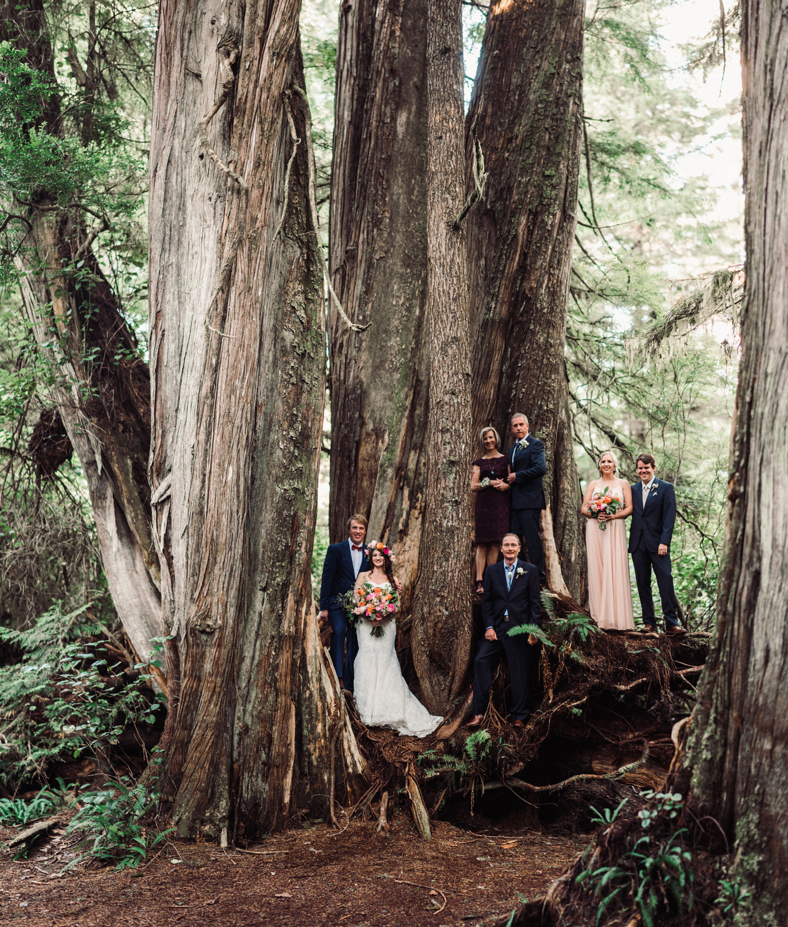 247-creative-family-portrait-at-tofino-wedding-by-best-pnw-wedding-photographer.jpg