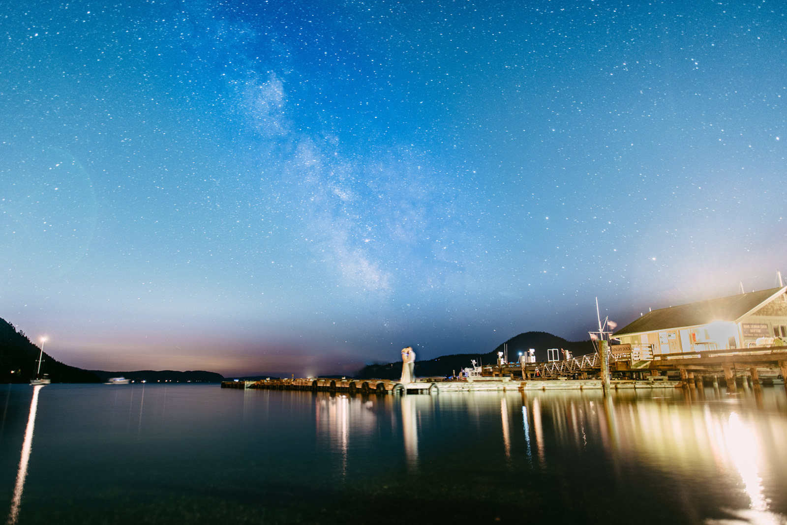 256-long-exposure-night-wedding-photo-on-orcas-island-by-ryan-flynn.jpg