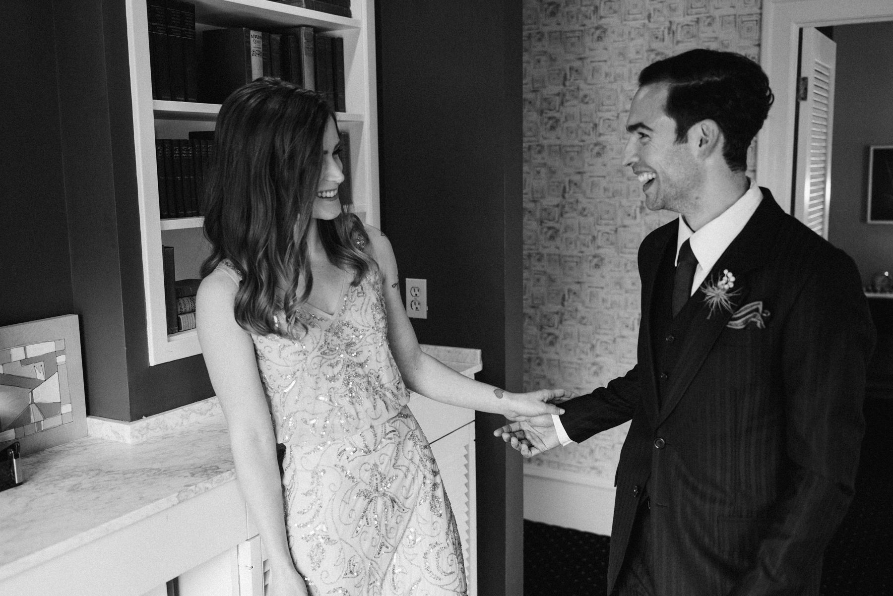 021-couple-exchanging-wedding-gifts-at-hotel-sorrento-by-ryan-flynn.jpg