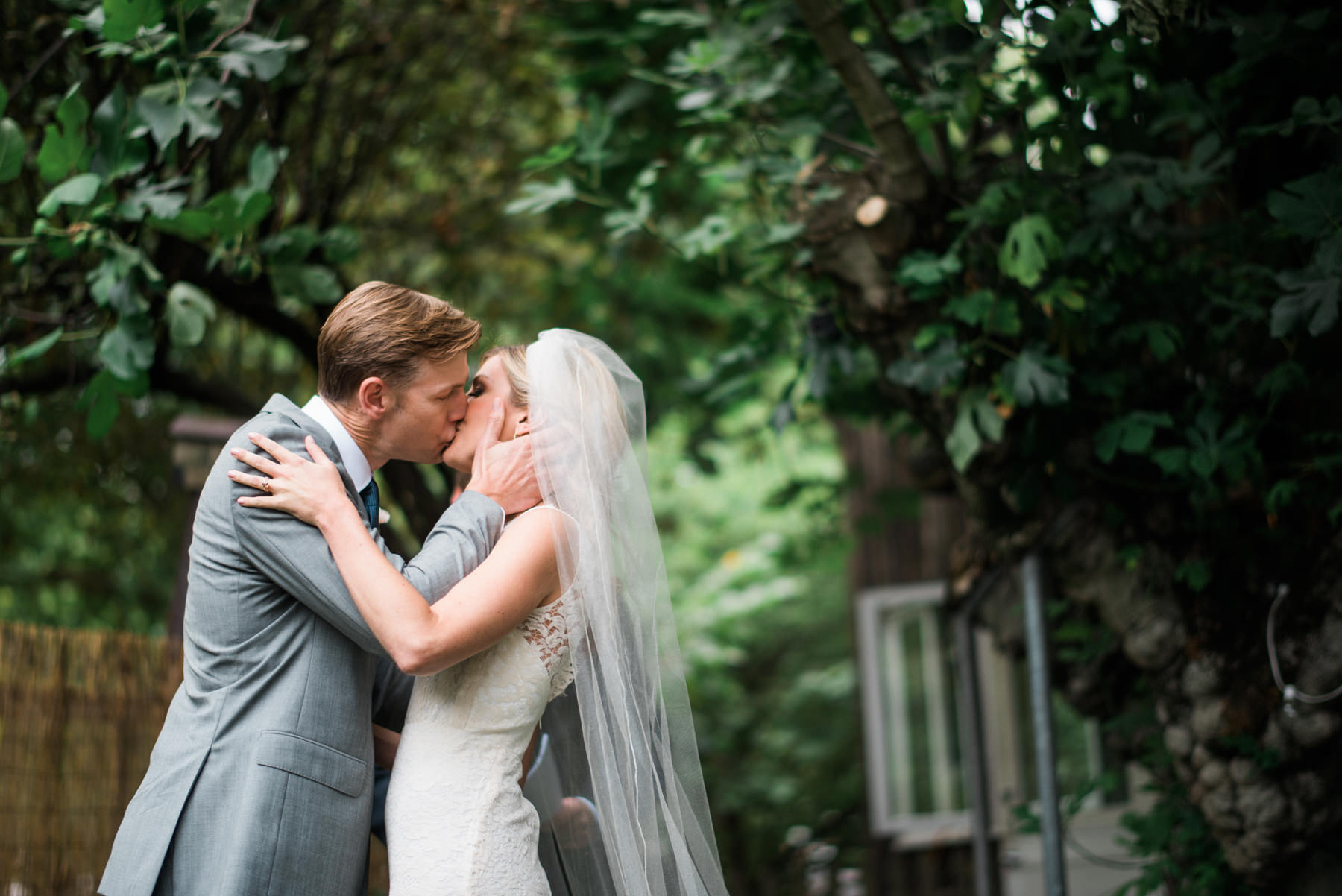 216-outdoor-wedding-ceremony-at-the-corson-building.jpg