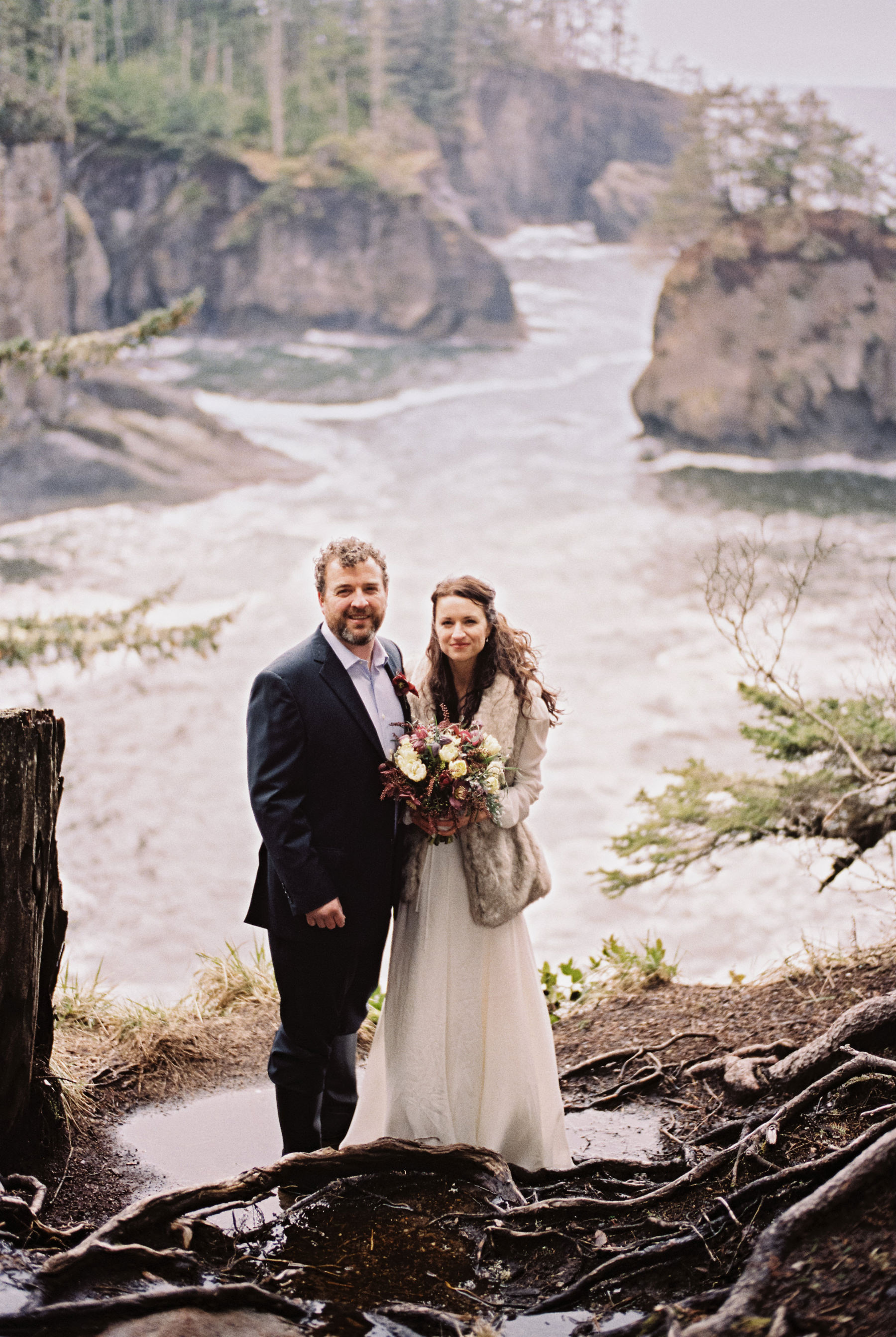 168-cloudy-pnw-elopement-on-film-at-cape-flattery-in-washington.jpg