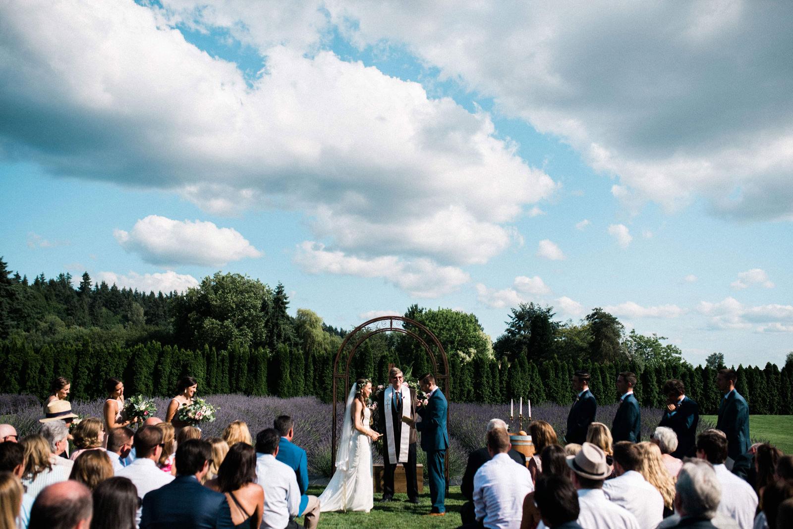 040-woodinville-lavendar-farm-wedding-with-golden-glowy-photos.jpg