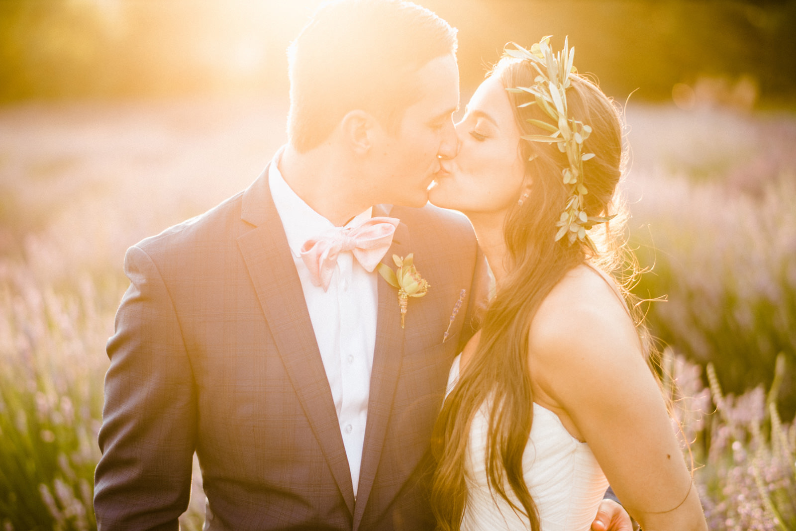 098-woodinville-lavendar-farm-wedding-with-golden-glowy-photos.jpg