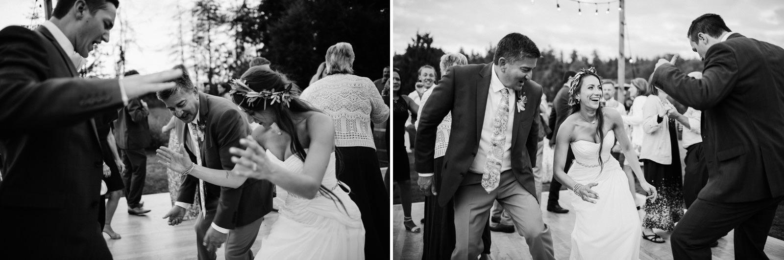 109-woodinville-lavendar-farm-wedding-with-golden-glowy-photos.jpg
