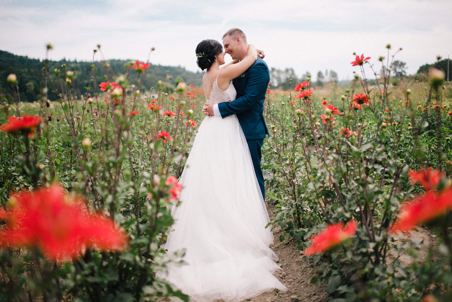 119-woodland-farm-meadow-wedding-by-best-seattle-film-photographer.jpg