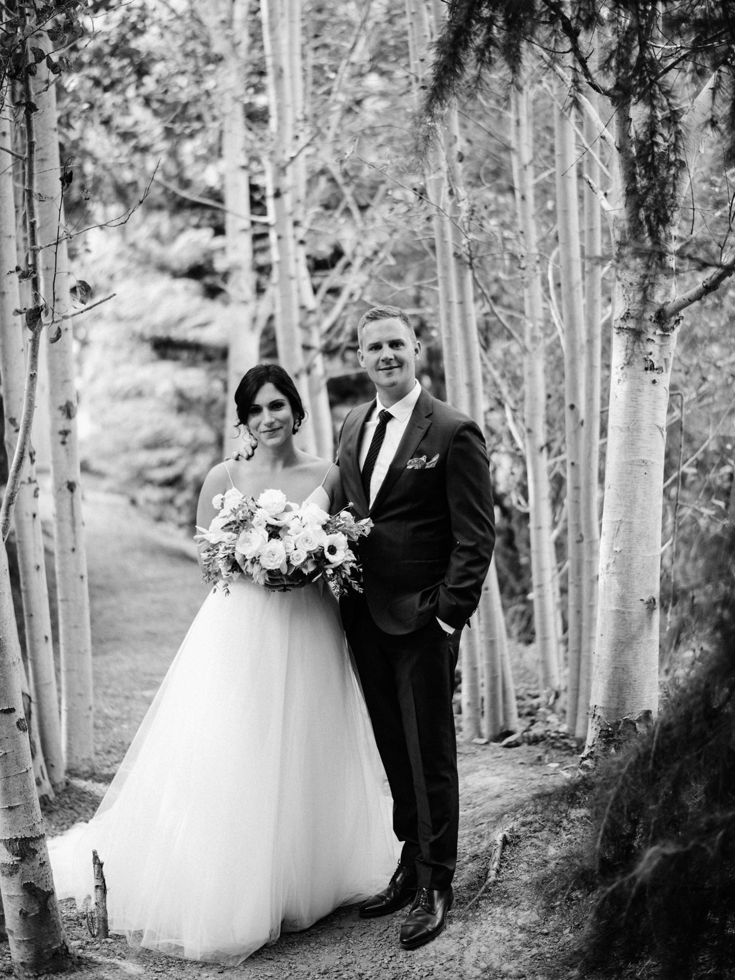 123-woodland-farm-meadow-wedding-by-best-seattle-film-photographer.jpg